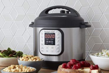 Top 10 Best Electric Pressure Cookers in 2020 Reviews | Buyer's Guide
