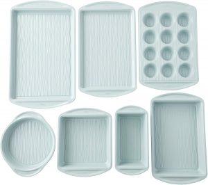 Wilton Texturra Non-Stick Performance 7-Piece Bakeware Set